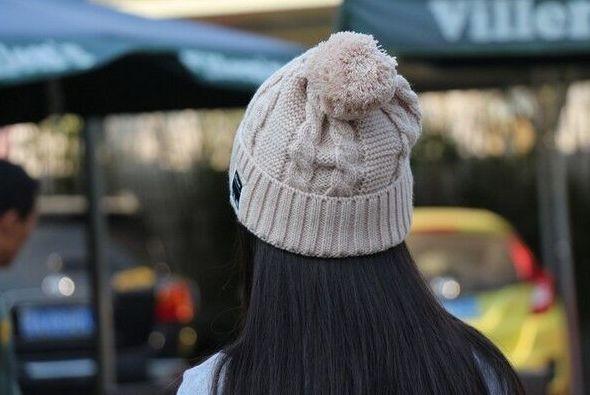 Bonnet connecté bluetooth avec écouteurs intégrés